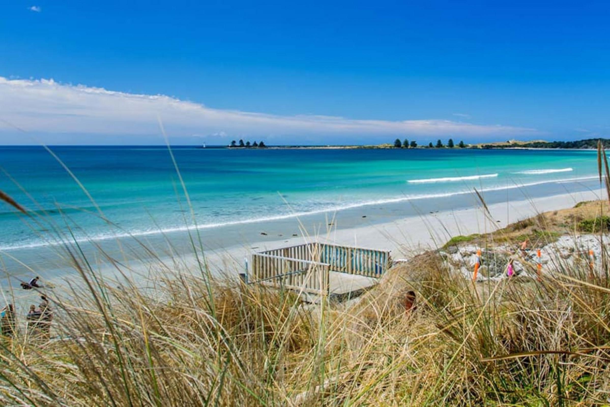Sandpiper - charming beach villa