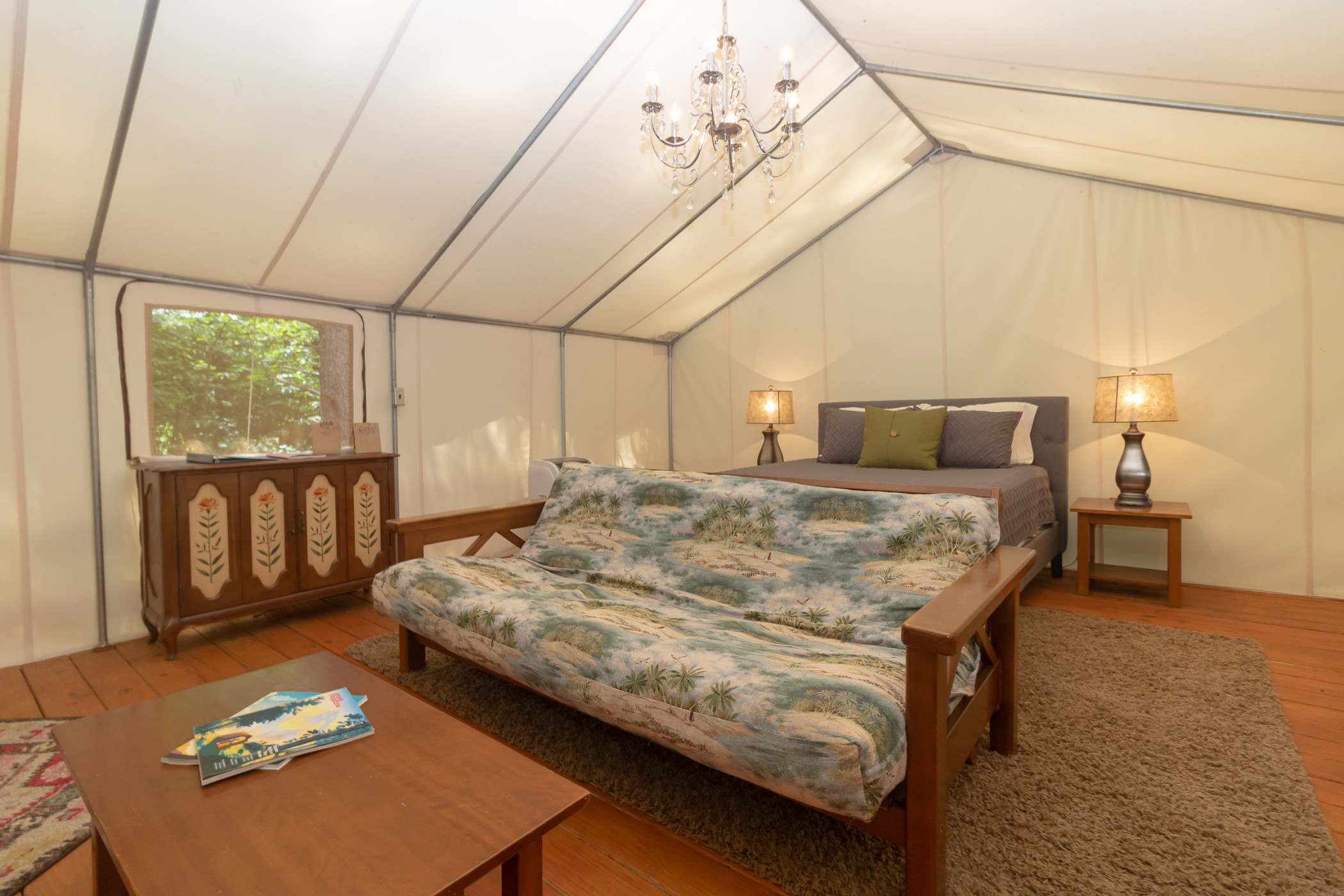 Glamping at Copperhill - The Kayaker