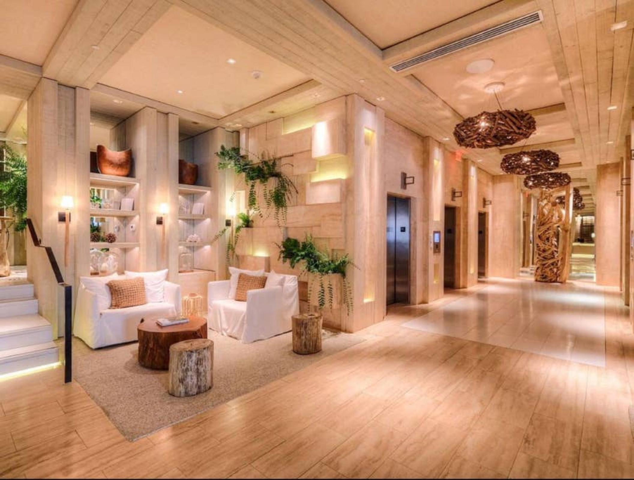 1 Hotel 1013 · Luxury 1 Resort Suite & Ocean/River Balcony 5* 3