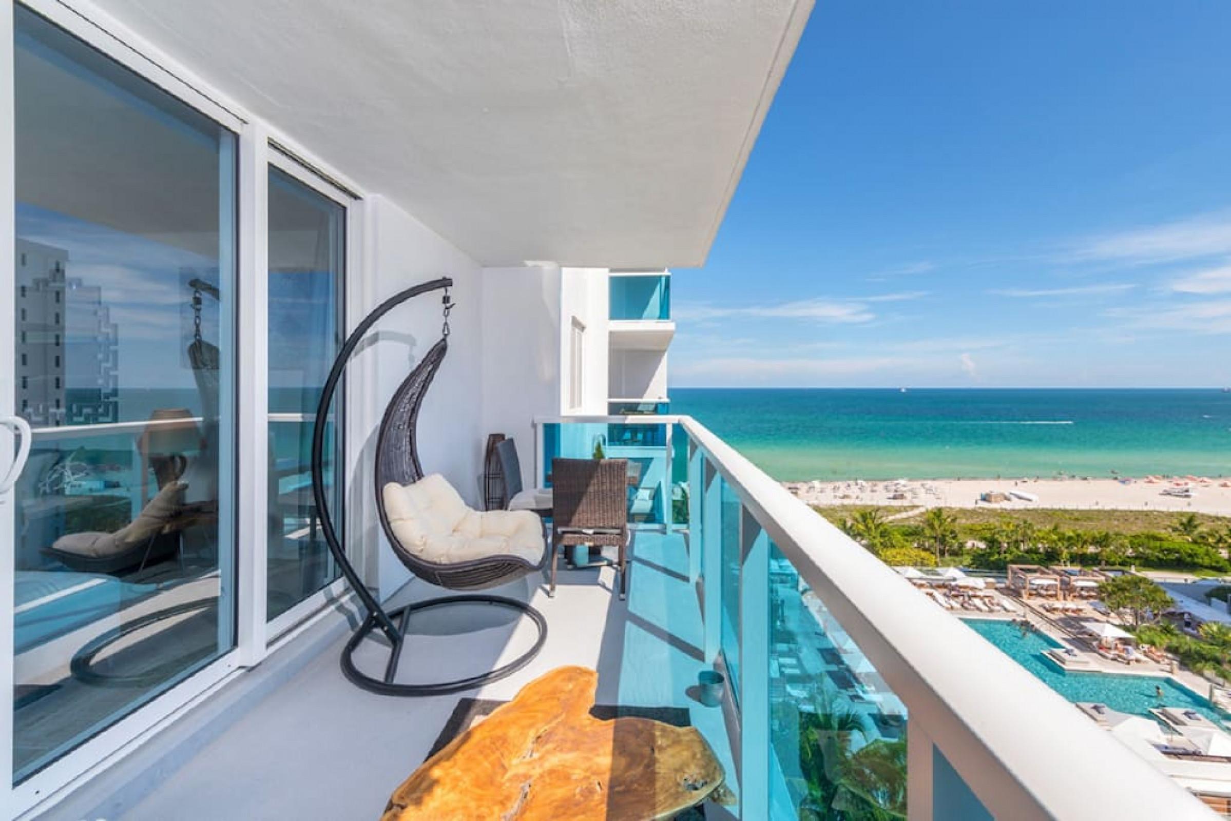 1 Hotel 1108 · Luxury 1 Resort Suite with Ocean/Pool Balcony 5* 2