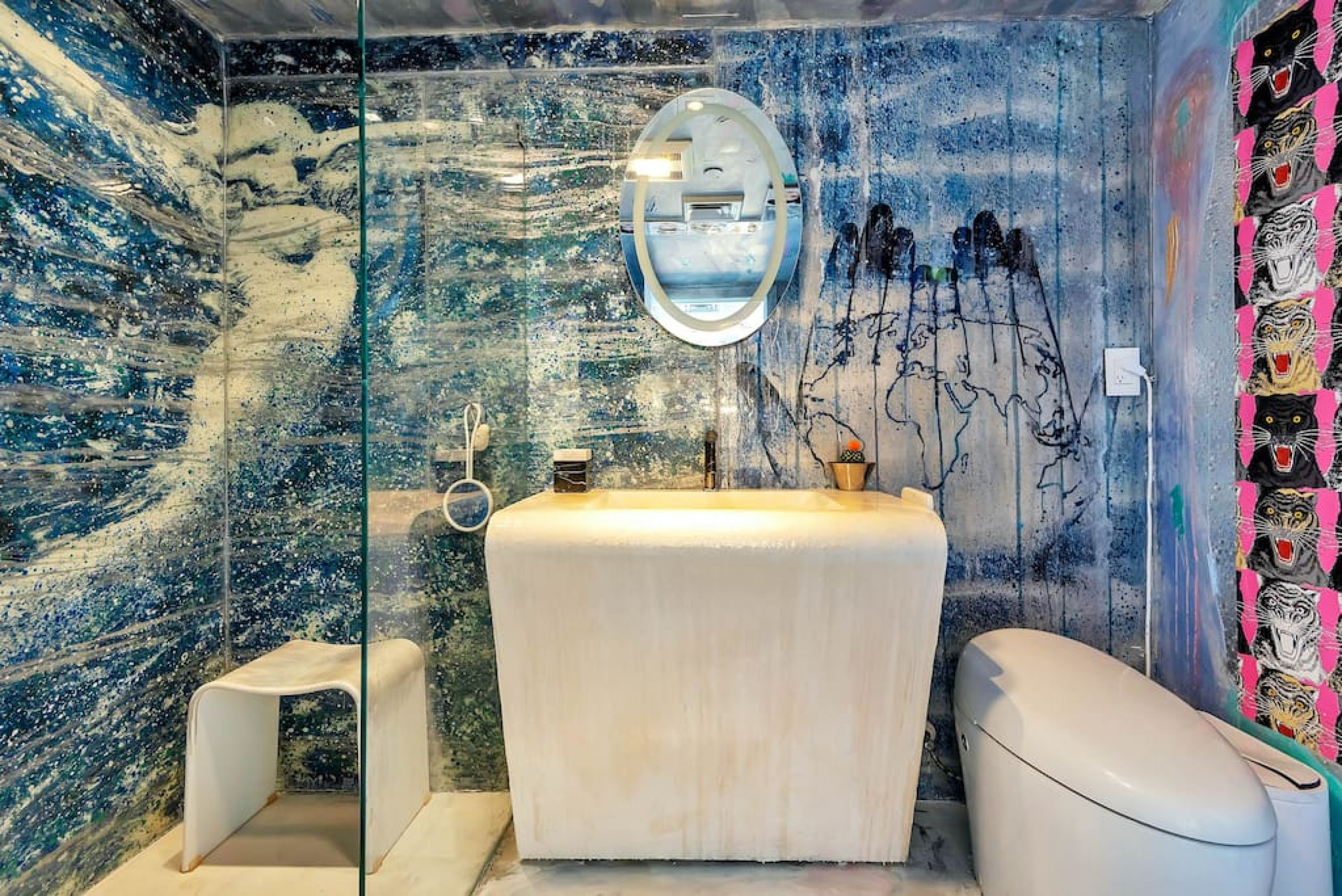 1100 West 1020 · 1100 Custom Eclectic Artist SUITE Bay W/Balcony