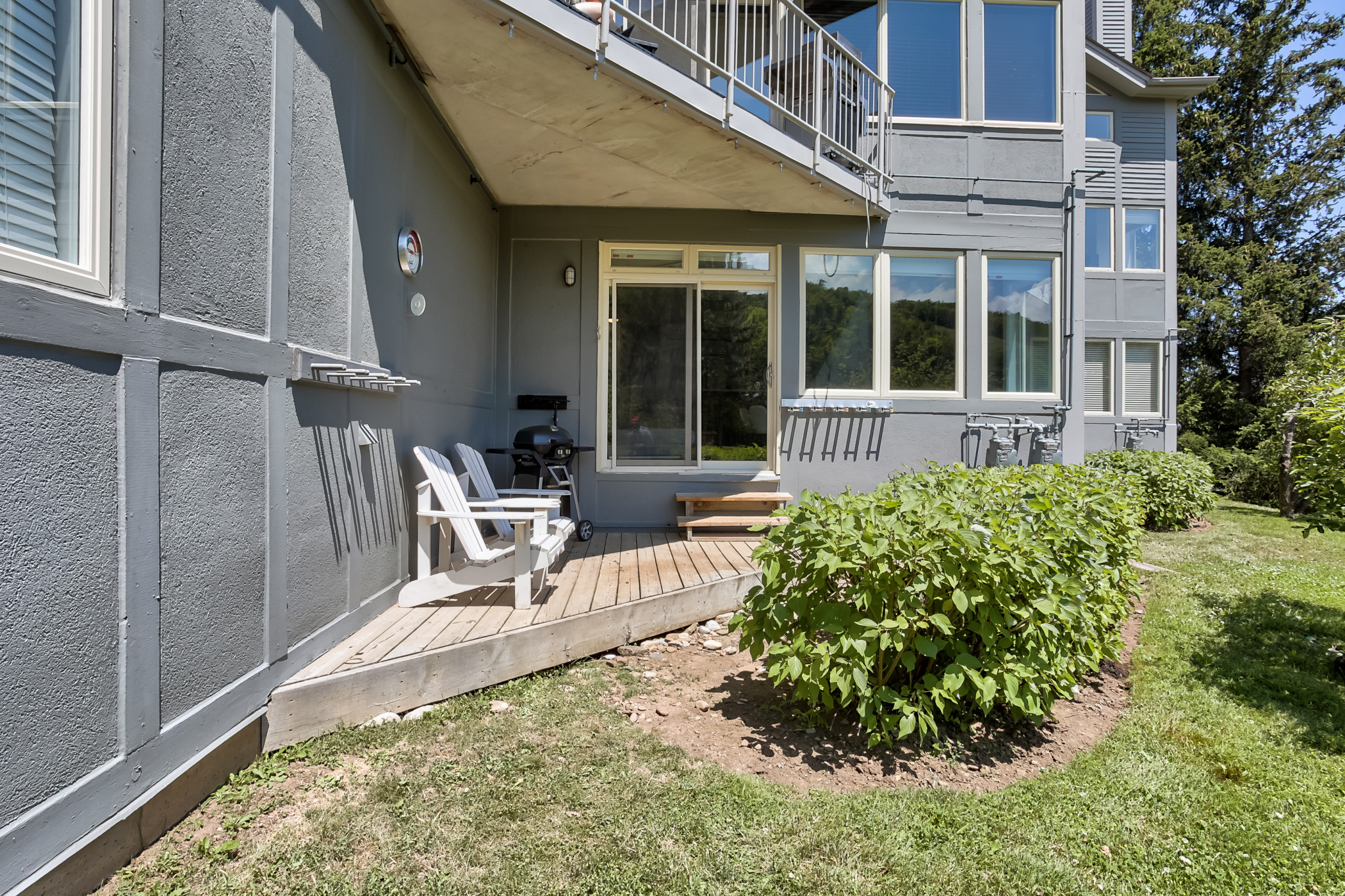 Ski In Out 2 BR, Sleeps 8  Cachet Crossing (61378)