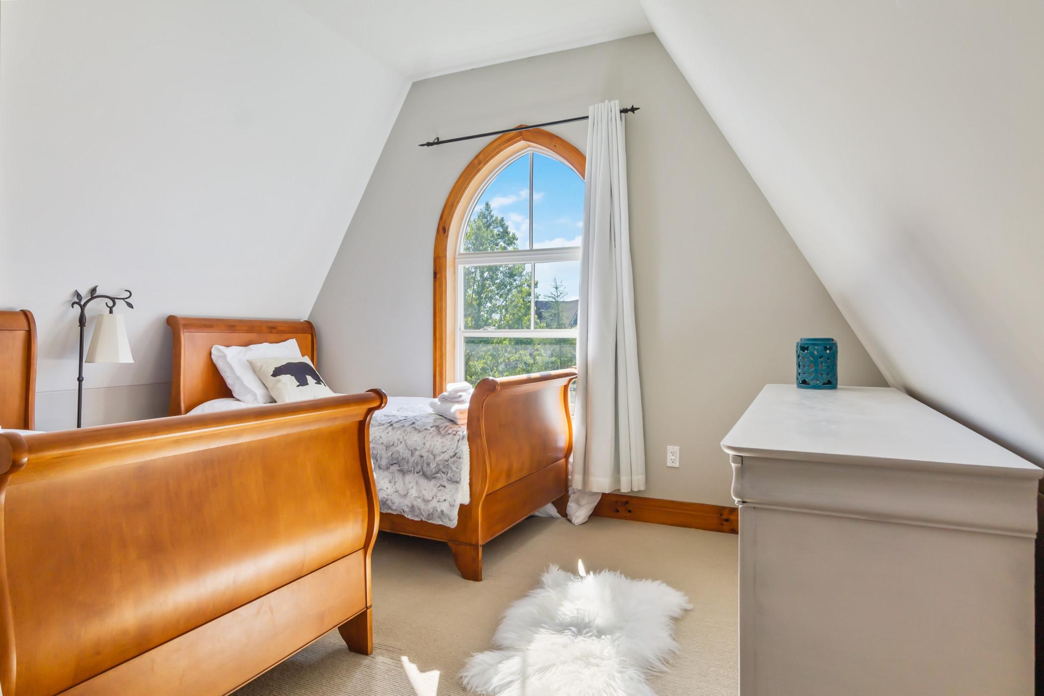 Blue Mountain 3 bedroom Dream Chalet (81590)