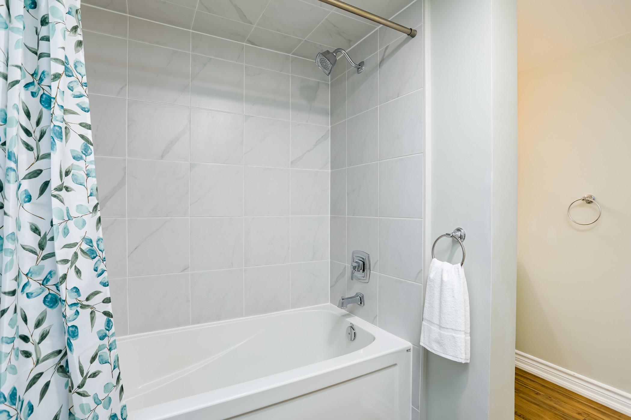 Wintergreen Retreat w/private Sauna & Patio (82291)