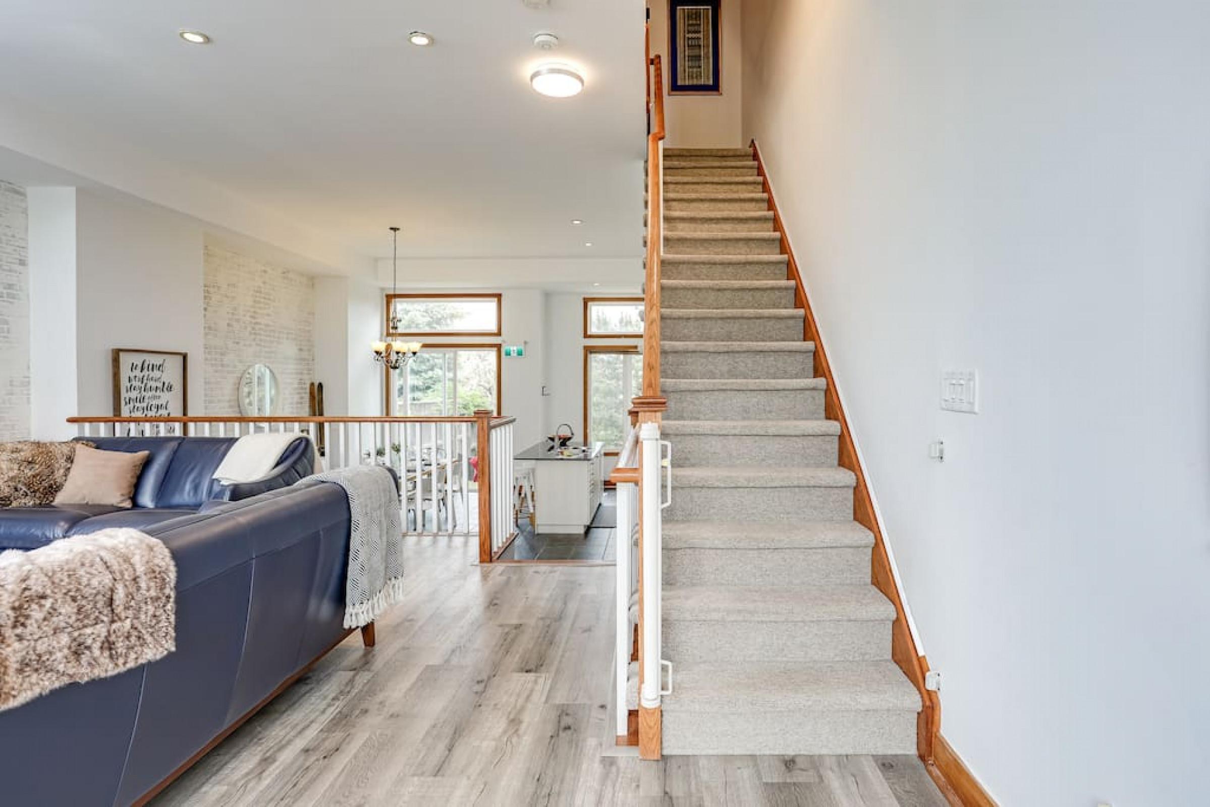 The Parker House: Gorgeous Light & Spacious Chalet (86100)