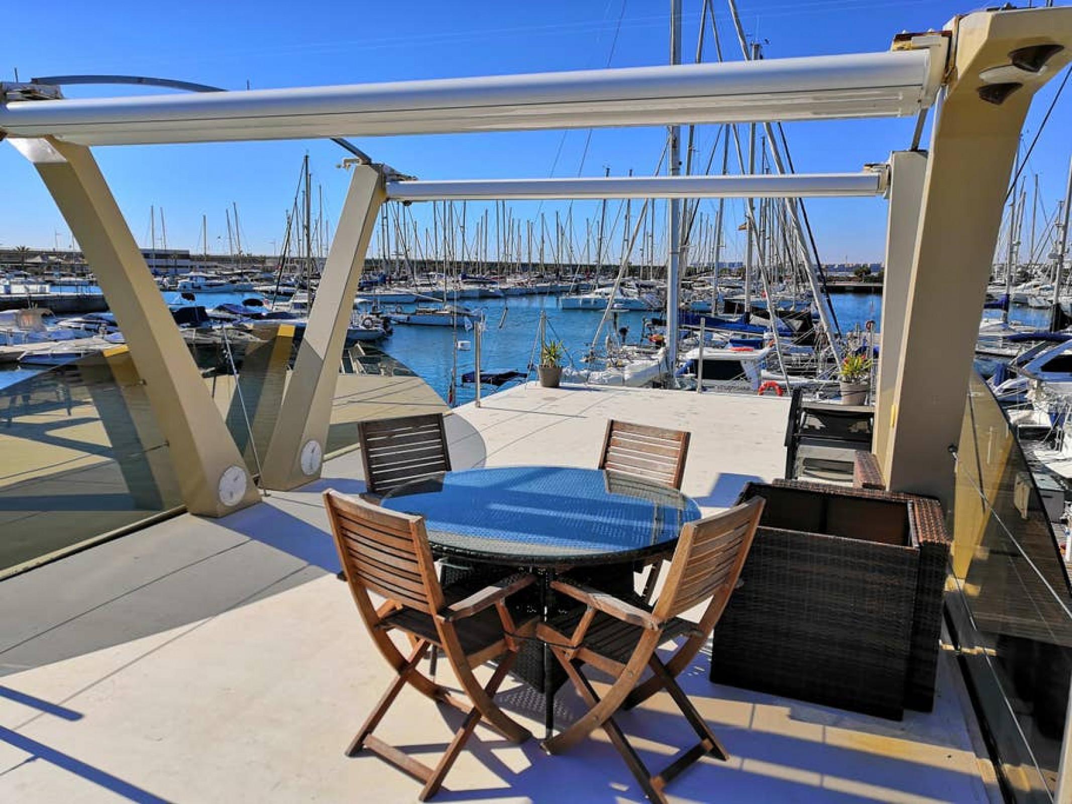 Home Aboard Houseboat ·  Torrevieja (Port)