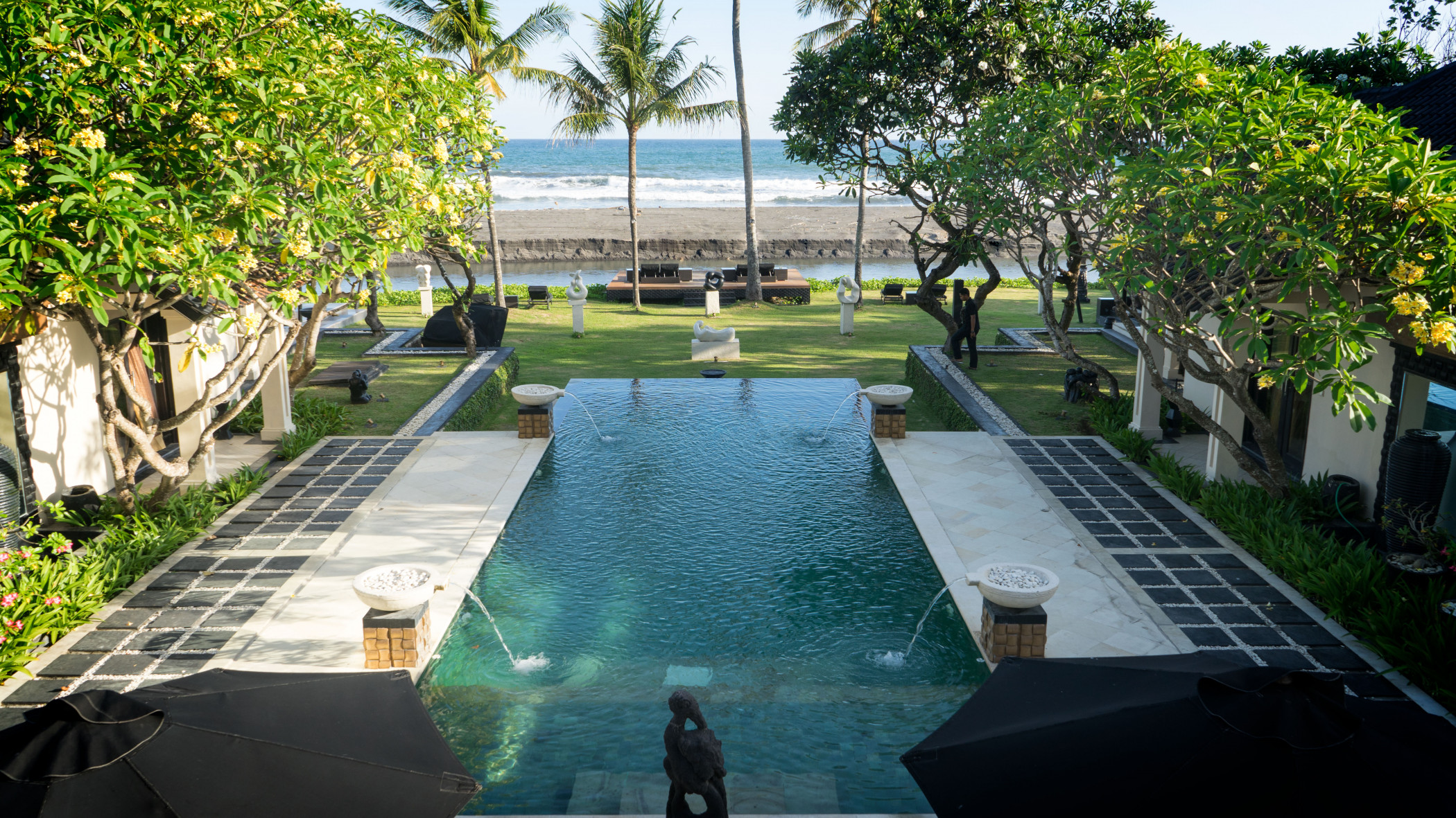 The Ylang Ylang | Exclusive & Stylish Ocean View Villa with Private Chef