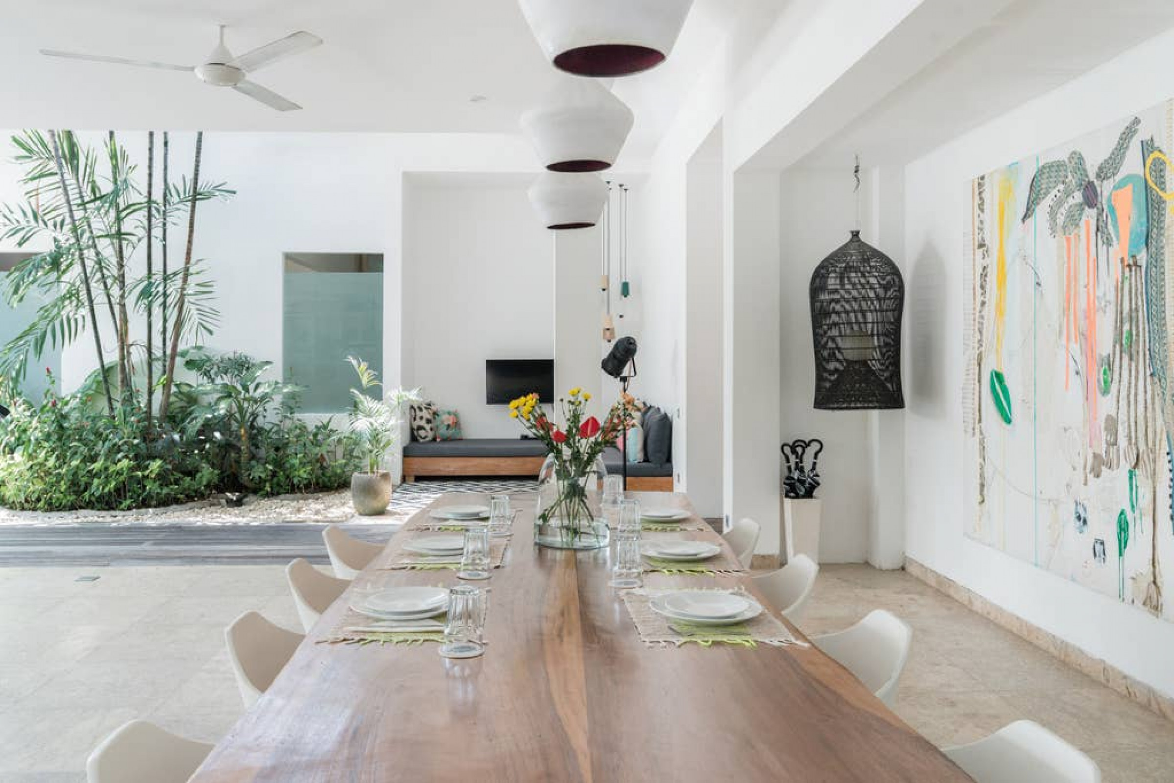 MVillasBali | Villa MEIWENTI - Spacious with Art and Design, Middle of Canggu