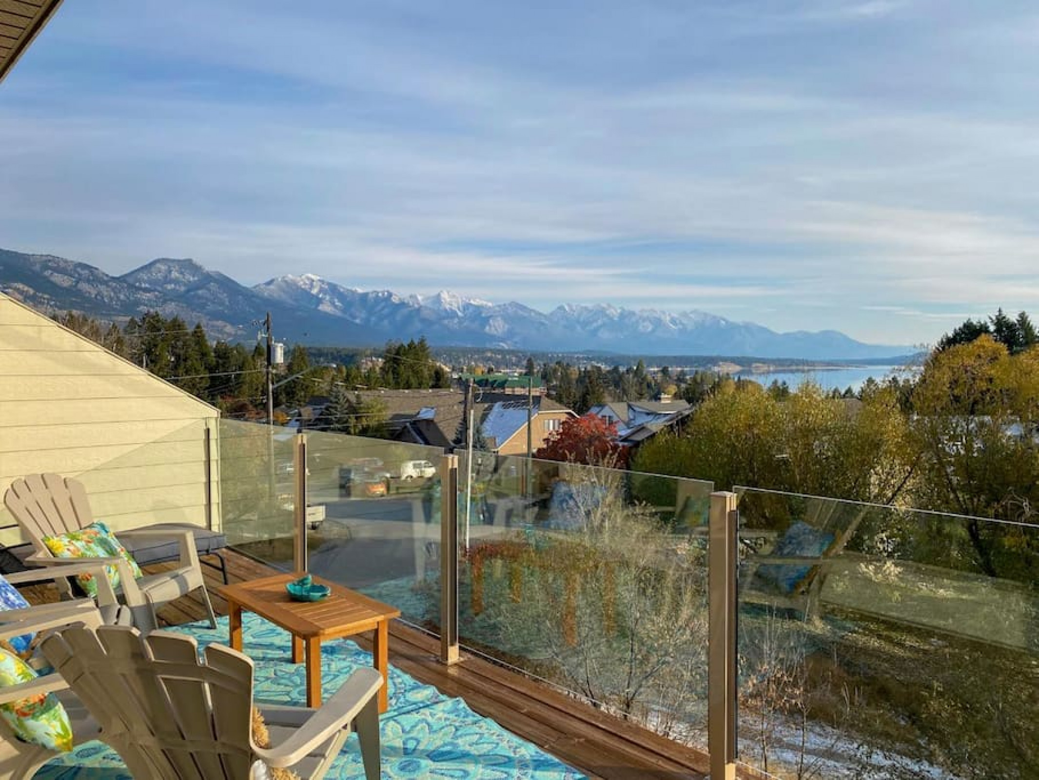 ⭐Elegant⭐ DT house w/ Expansive Mtn and Lake views