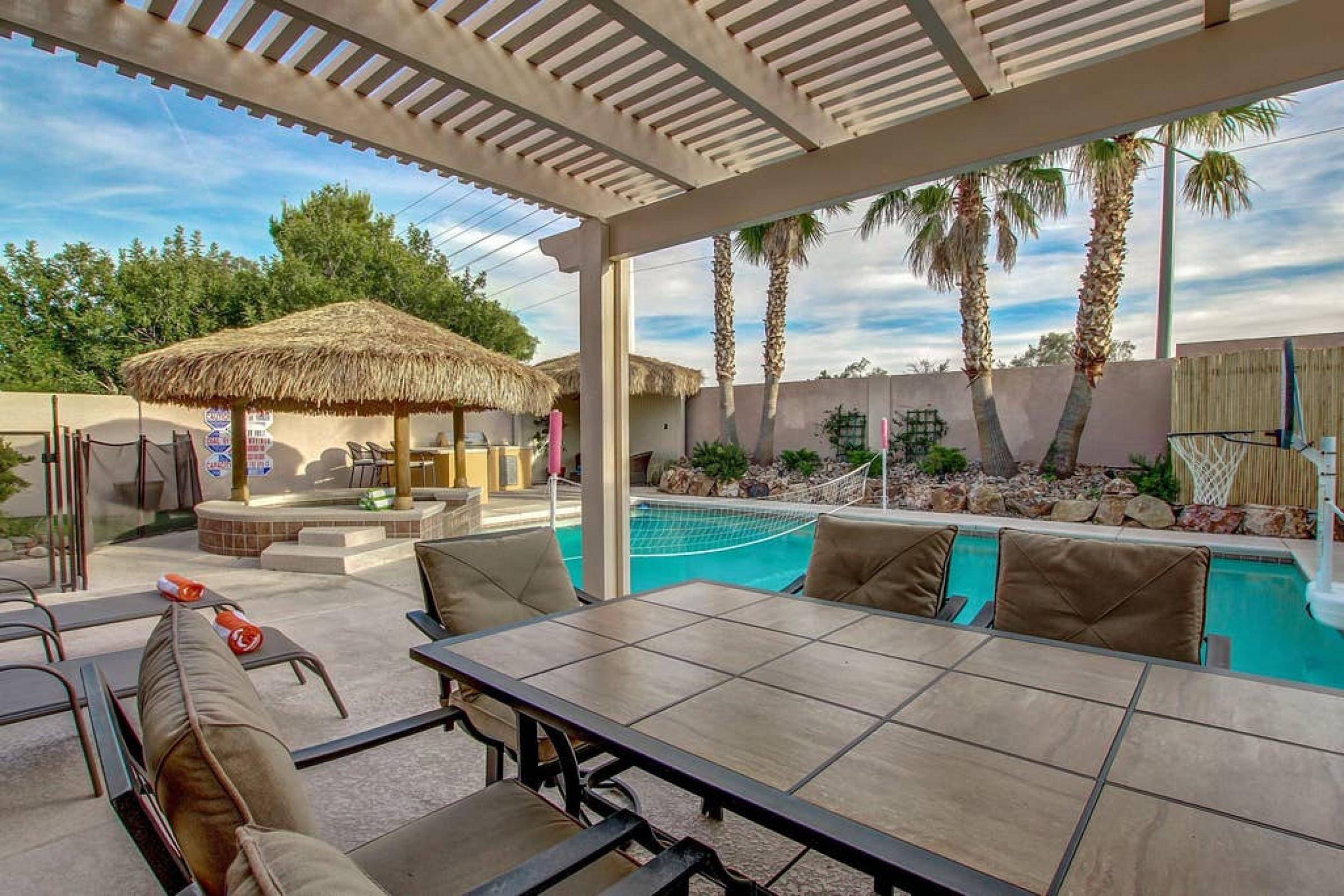 NV9121 · Beautiful, Cozy Home, Game Room, Pool/Spa