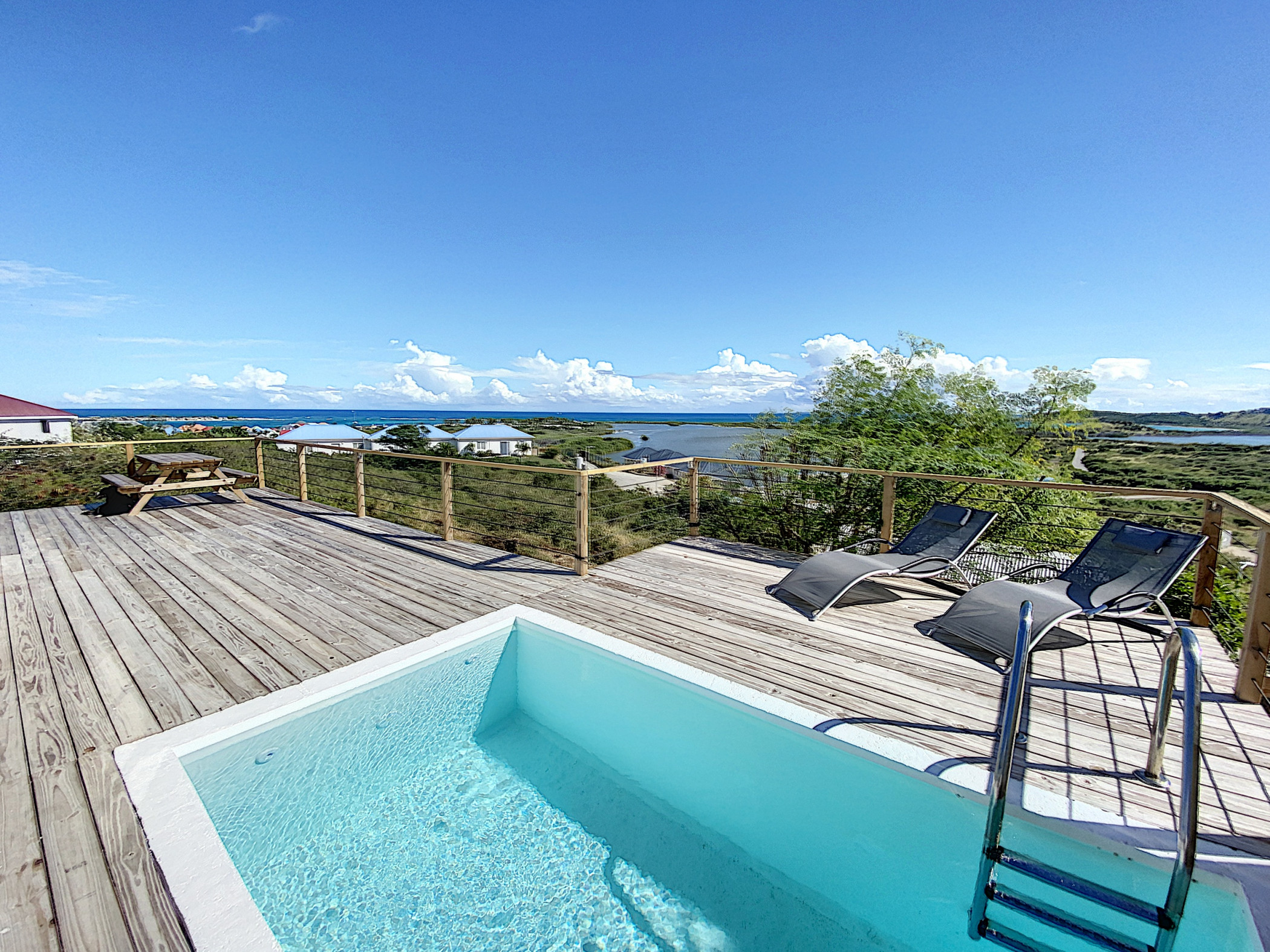 Paradise View, Creole house with private pool 5 min from Orient Bay
