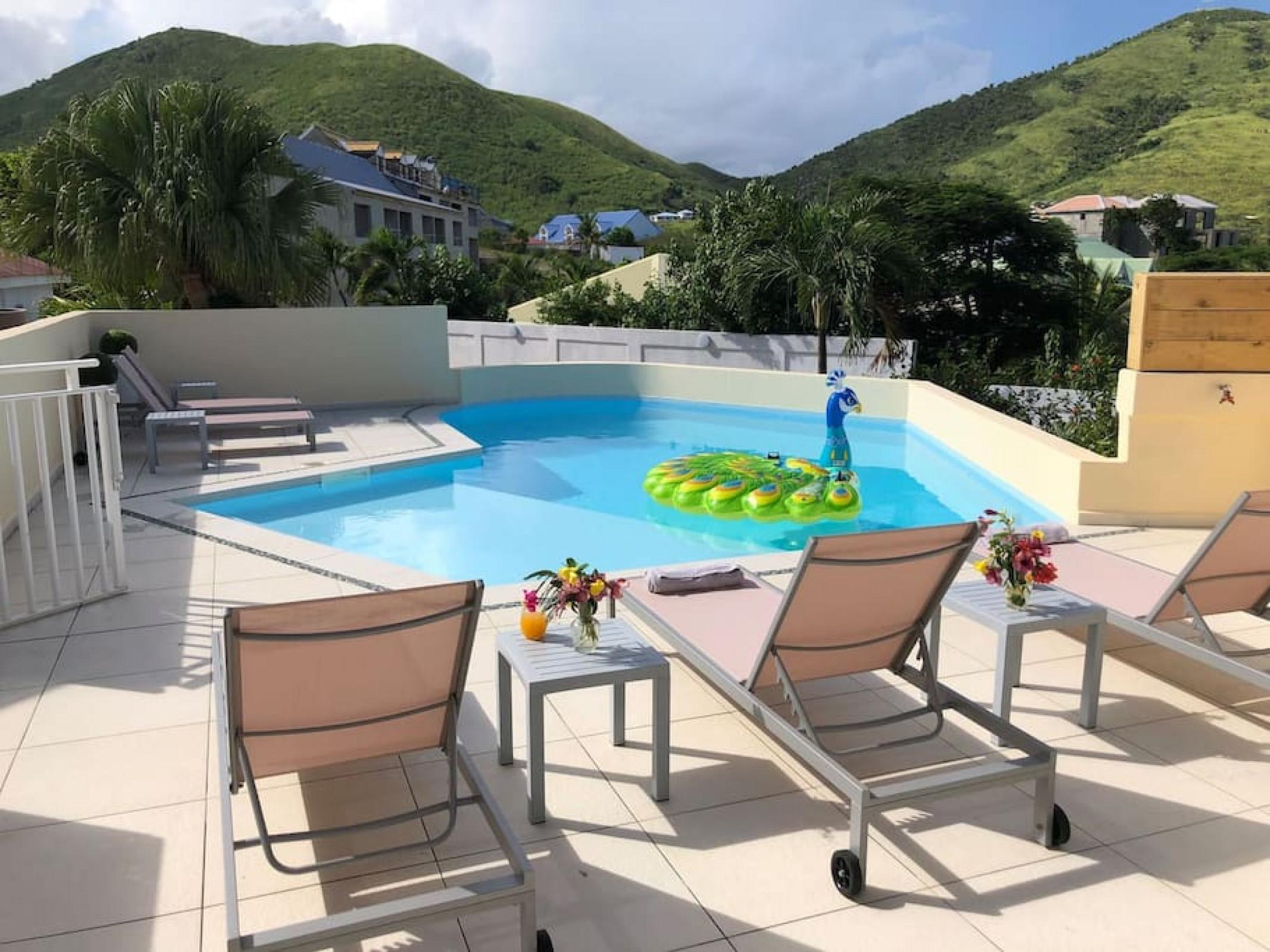 Belle suite S12B vue mer avec piscine à Cul de sac, Wifi haut débit