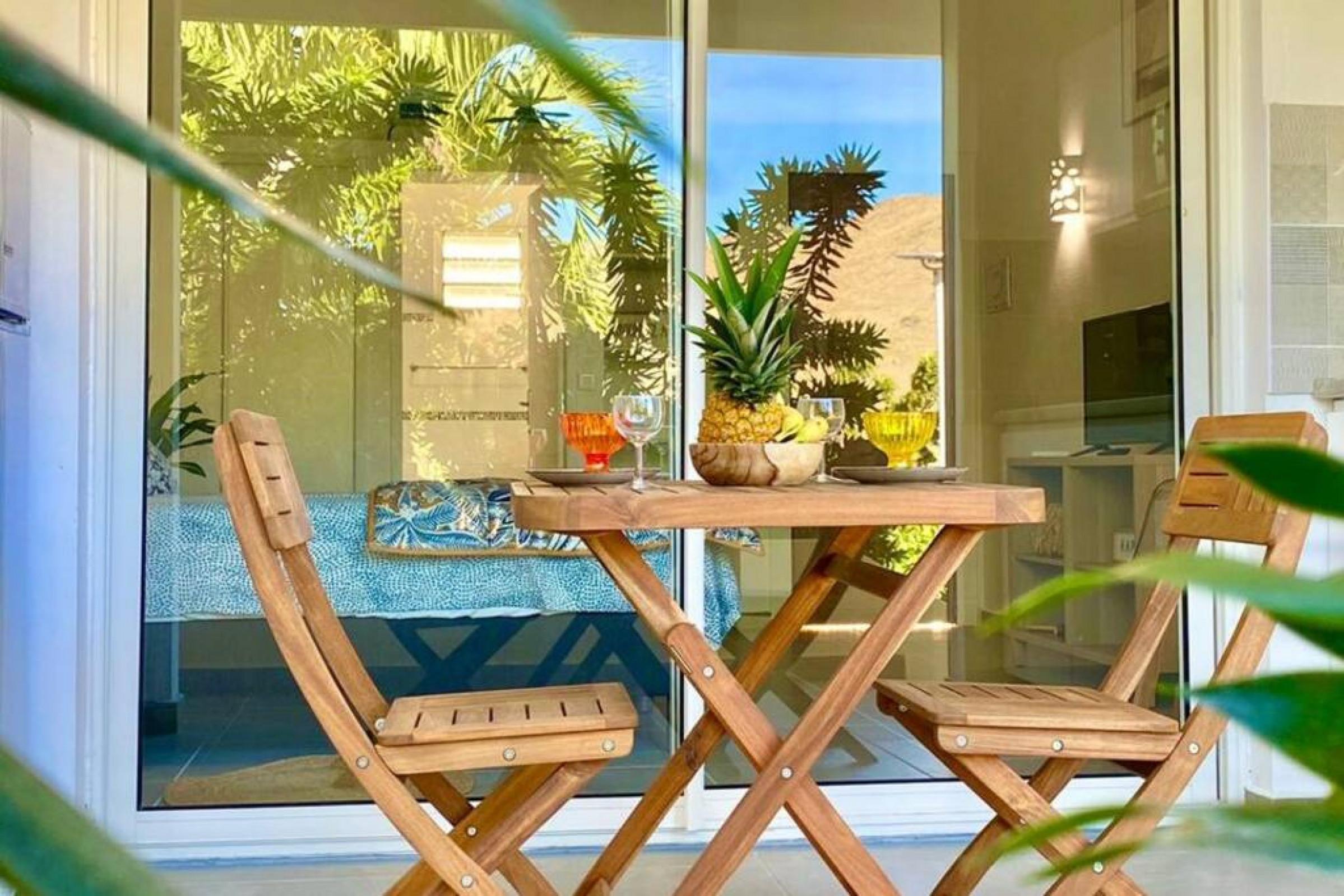 Belle suite S15, 300m de la mer, piscine, wifi haut débit