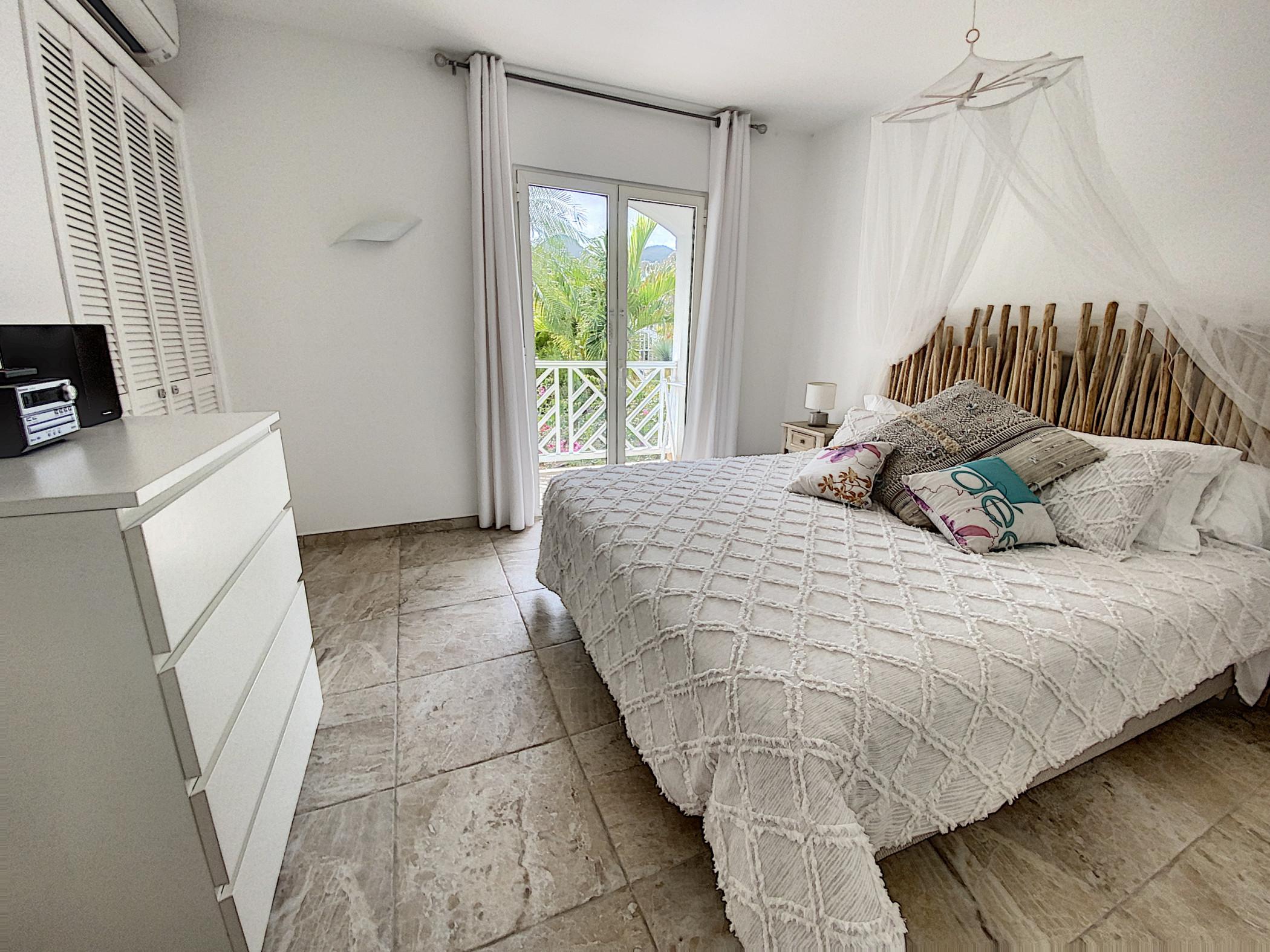 Princess Coco, bel appartement RDC sur la plage d'Orient Bay