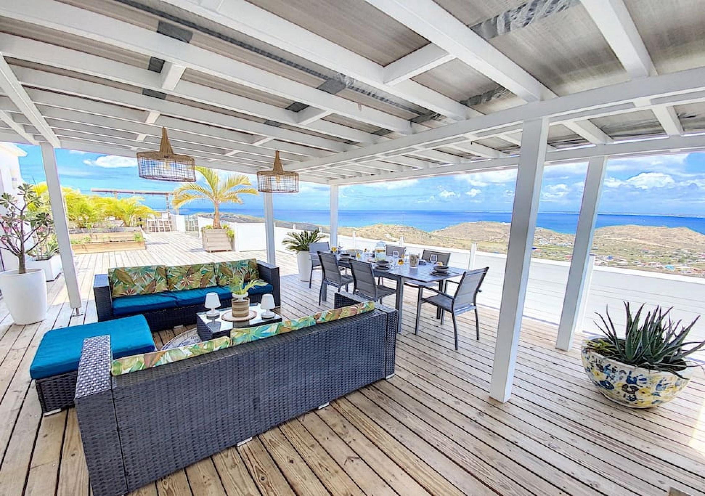 Villa La Guapa, vue mer 180°, à 5 min de la plage