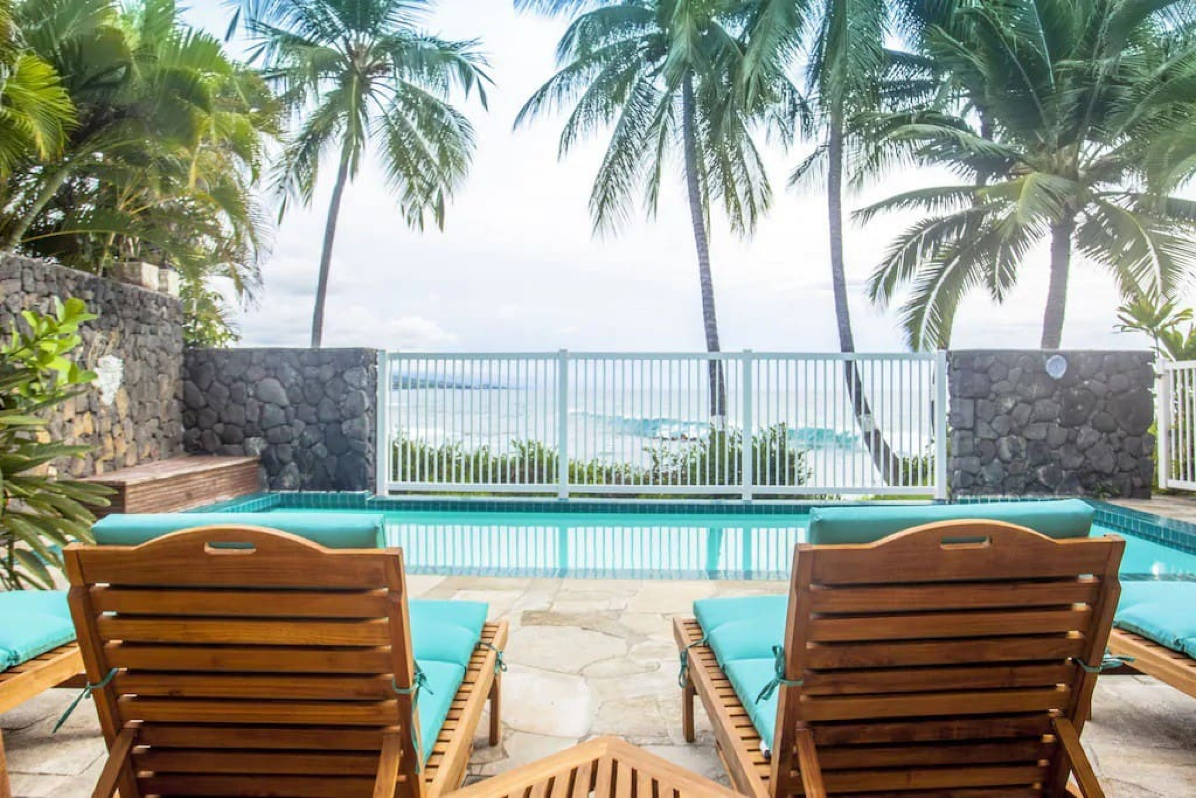 Luxurious Oceanfront Villa at Alii Point with private Pool